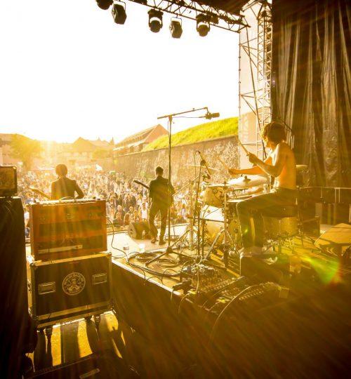 l-an-dernier-le-fimu-a-attire-135-000-festivaliers-dr-1555332705